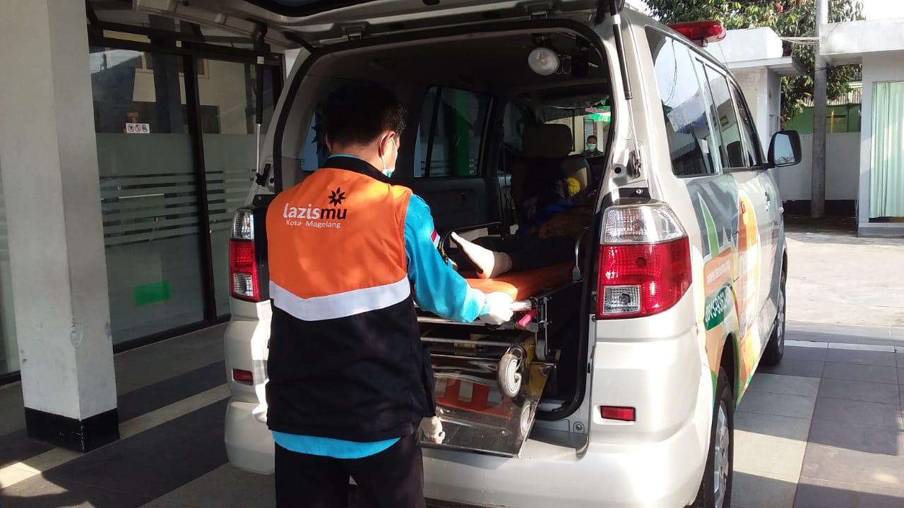 Ambulance lazismu magelang
